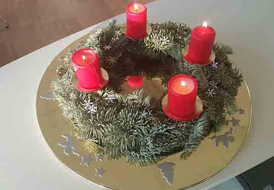 isotec bobach w nscht ihnen frohe weihnachten. Black Bedroom Furniture Sets. Home Design Ideas