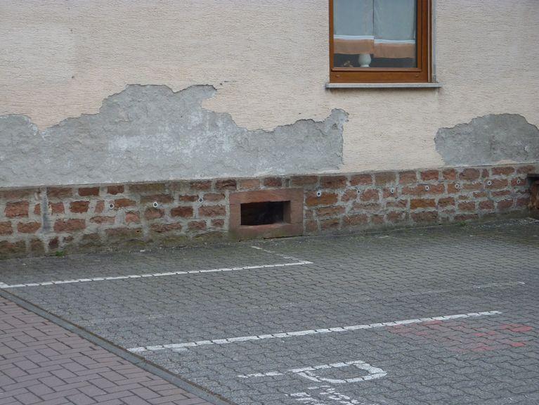 wenn ein altes haus nasse f e hat abdichtungstechnik dipl ing tilo probsthain aschaffenburg. Black Bedroom Furniture Sets. Home Design Ideas